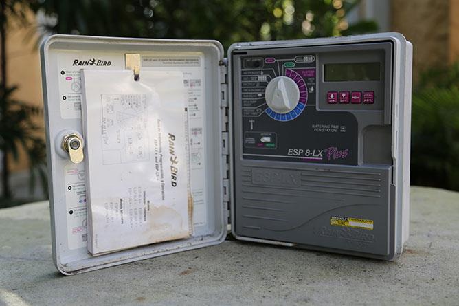 Sprinkler Controller-Rainbird ESP 8-LX_668x445